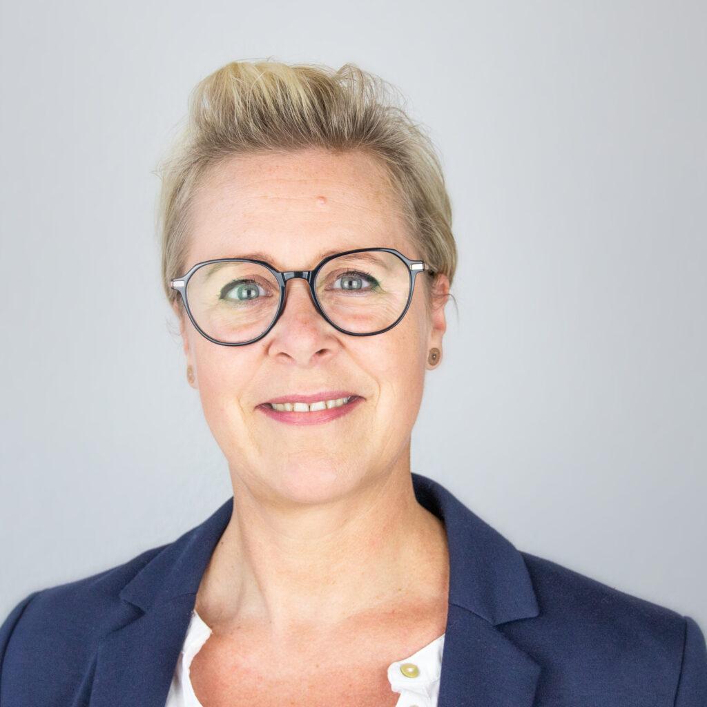 Sandra-Degener-Sekretariat-Rechtsanwalt-Dethlefs-Hillmann-und-Partner-Rechtsanwaelte-Oldenburg